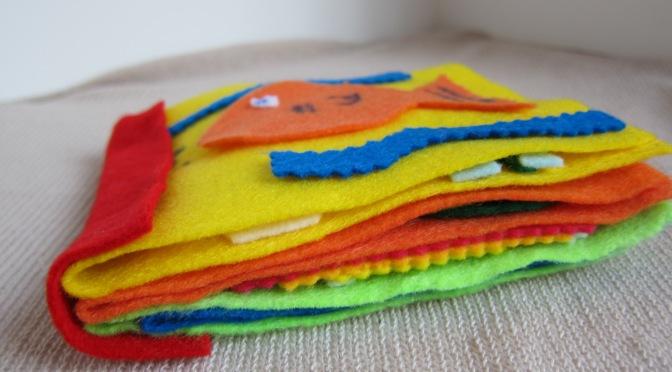 Retro Craft: Felt + Glue = Soft Baby Book