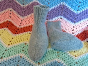 Recycled Cashmere Baby Booties -- Free Pattern