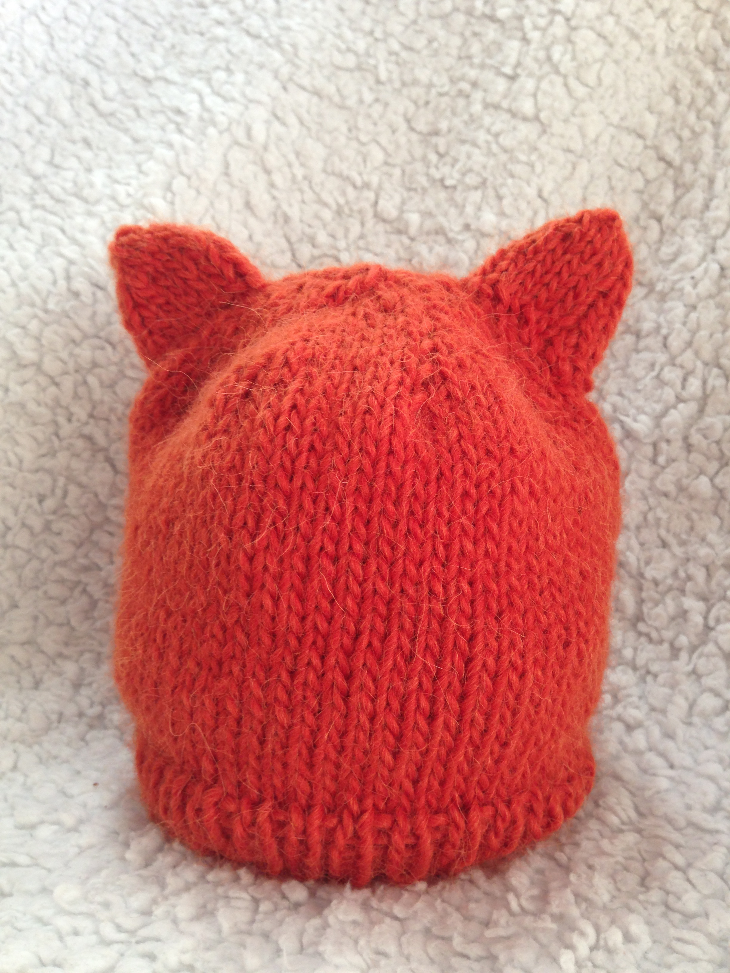 Knit Nat: Simple Fox Hat -- Free Pattern