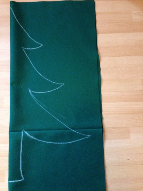 Quick Craft -- Felt Christmas Tree | Alaska Knit Nat