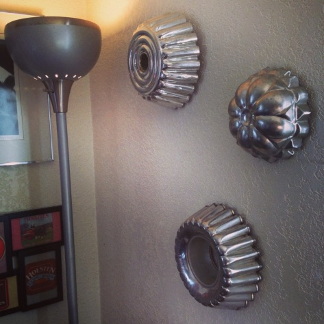 Vintage Jell-o Molds ===> Simple wall decor
