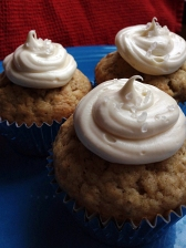 Banana Cupcakes with Dulce de Leche Icing
