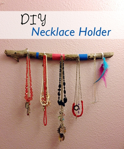 DIY Necklace Holder | Alaska Knit Nat