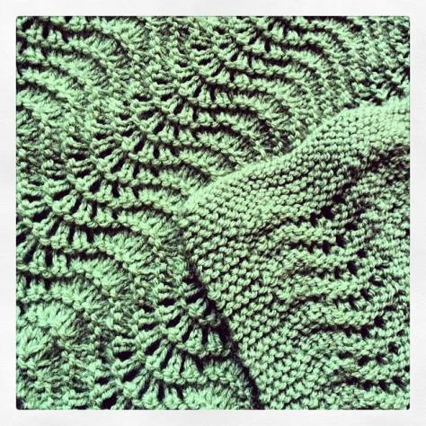 Fan and Feather Baby Blanket | Free Pattern
