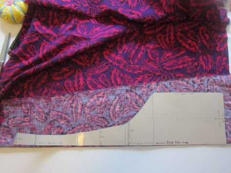 Tokyo Tie Bag -- Free pattern and tutorial from Alaska Knit Nat. Great beginner project.