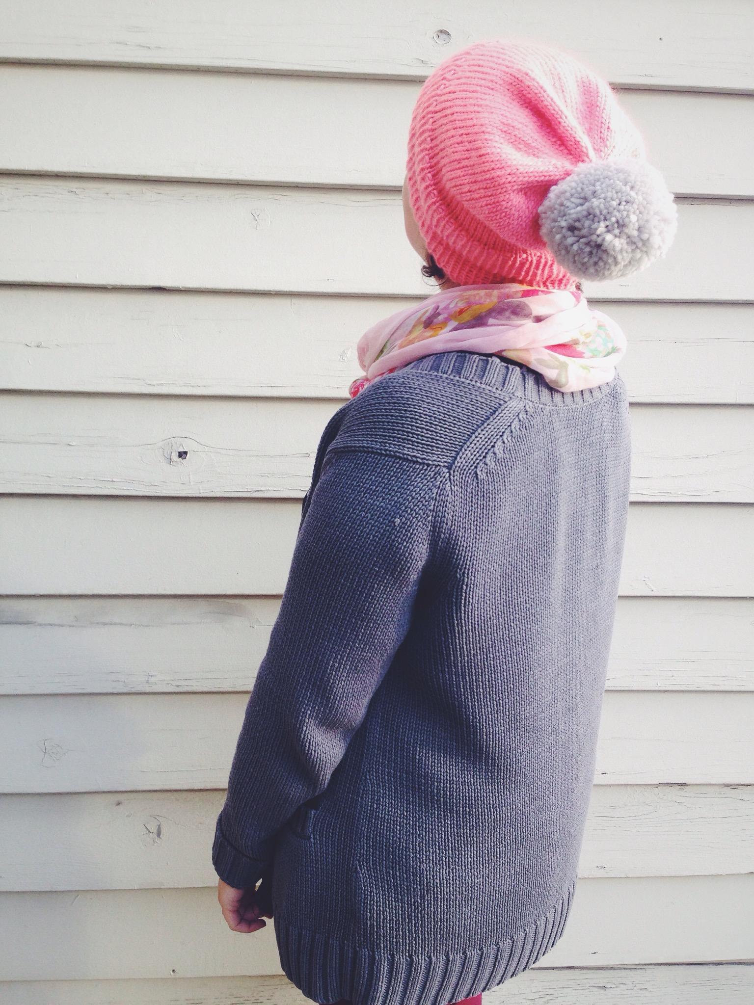 Slouchy Pom Pom Hat – A Free Knitting Pattern | Alaska Knit Nat