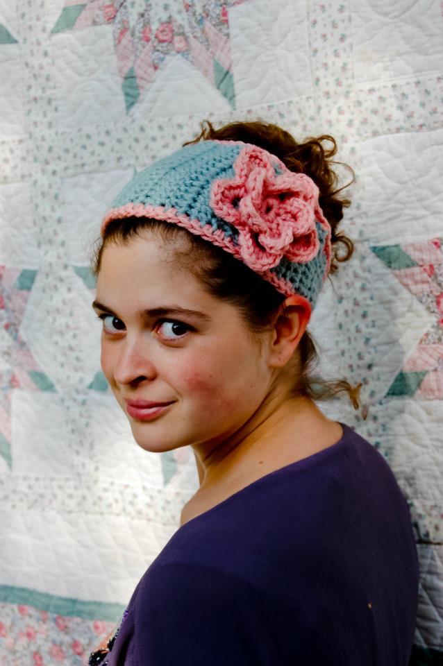 Tapered Flower Headband — A Free Crochet Pattern