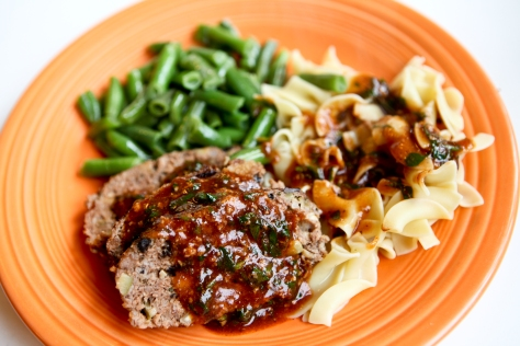 Mini meatloaf with mushroom marsala sauce | An easy recipe from Alaska Knit Nat