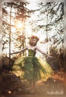 DIY Fairy Flower Crown | A video tutorial from alaskaknitnat.com