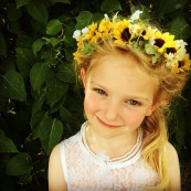 DIY Fairy Flower Crown   A video tutorial from alaskaknitnat.com