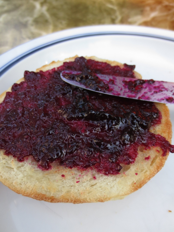 Harvesting Anchorage: Mama's Blueberry Jam | A recipe from alaskaknitnat.com