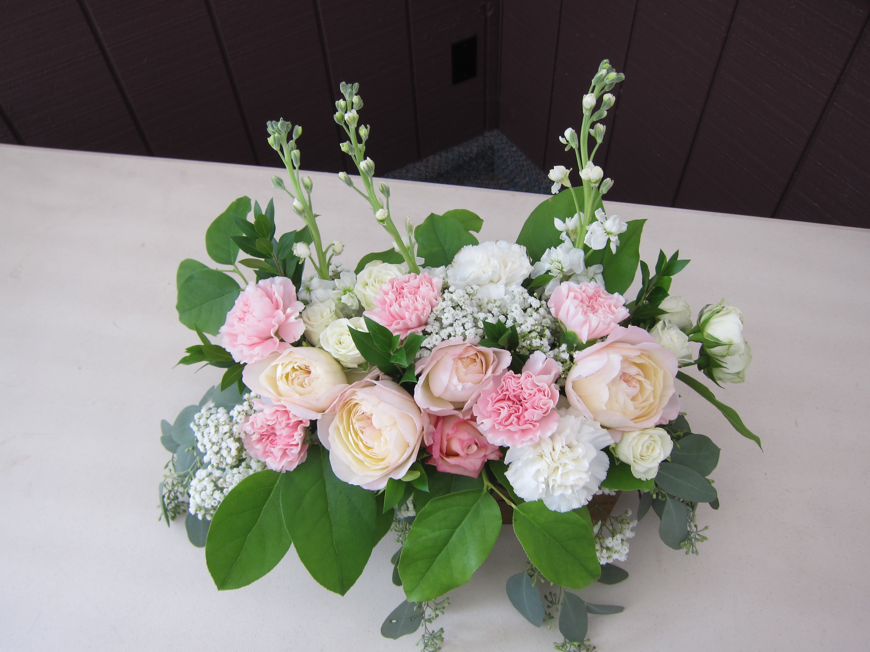 Wedding Centerpieces Made With Blush Garden Roses Lisianthus