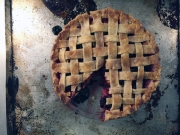 Harvesting Seattle: Blackberry Peach Pepper Pie | An adaptation from Alaskaknitnat.com