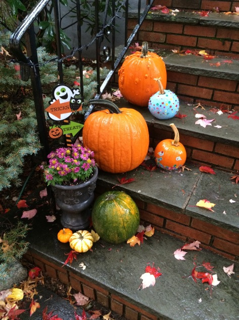 An East Coast Halloween | 3 tricks and treats that are affordable and easy from Alaskaknitnat.com