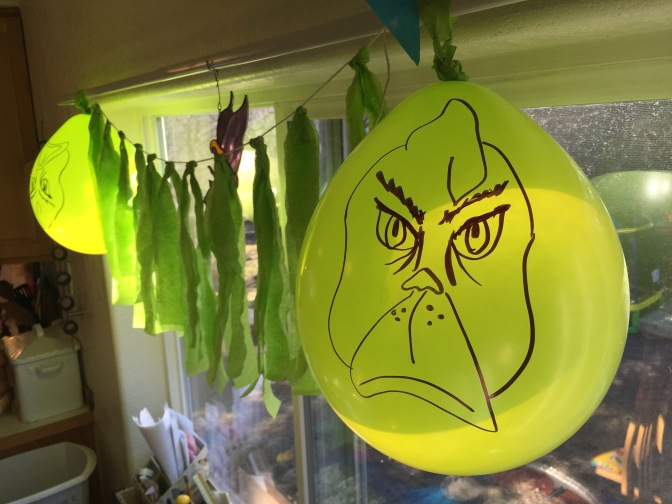 Grinch-themed birthday party
