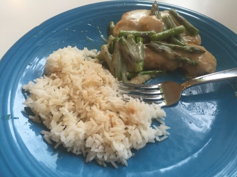 Weeknight chicken scallopine with asparagus | a 40-minute meal from Alaskaknitnat.com