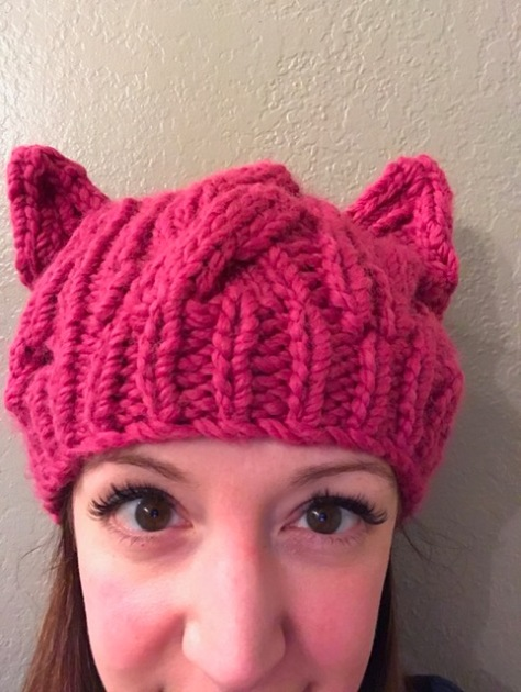 Cabled Pussy Hat | A simple hat pattern for beginners who want to learn to cable