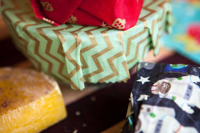 DIY Waxed Cloth Food Wrap