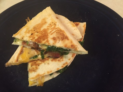 Bacon Spinach Quesadilla - a quick and simple dinner from Alaskaknitnat.com
