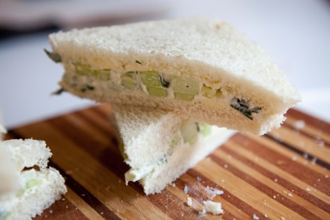 Cucumber sandwiches || A delightful recipe from Alaskaknitnat.com